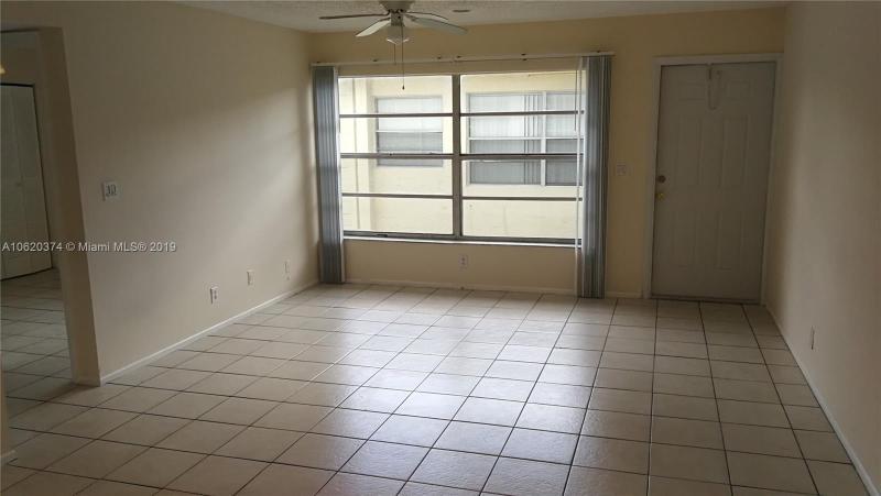 2501 Riverside Dr, Coral Springs FL 33065-5556