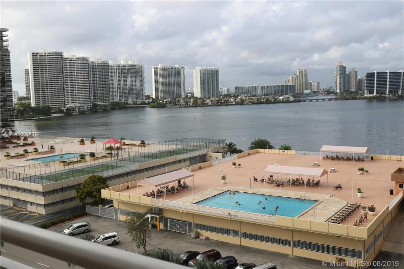 230  174th St  Unit 1216, Sunny Isles Beach, FL 33160-3330