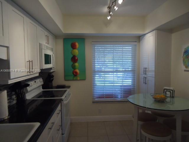 18550 SE Wood Haven Lane  Tequesta, FL 33469- MLS#A10650574 Image 11