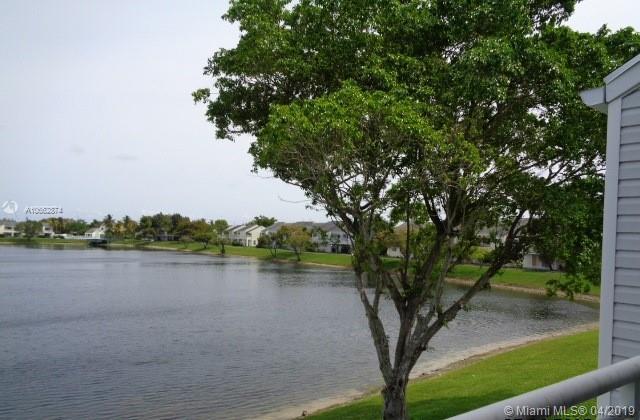 212  Lake Pointe Dr  Unit 210, Oakland Park, FL 33309-3547