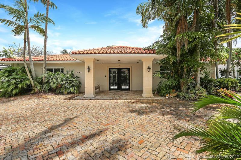 20431 NE 22nd PLACE,  Miami, FL