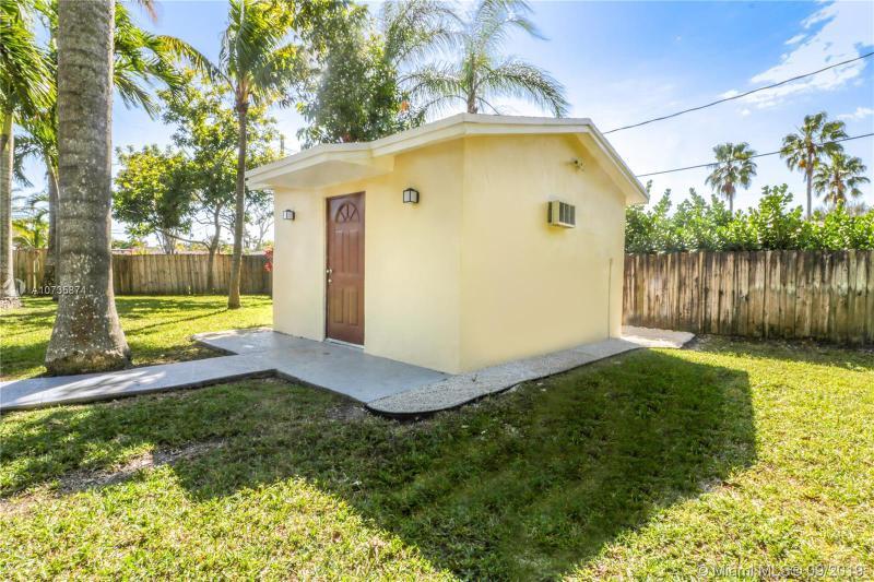 14830 SW 87th Ave, Palmetto Bay, FL, 33176