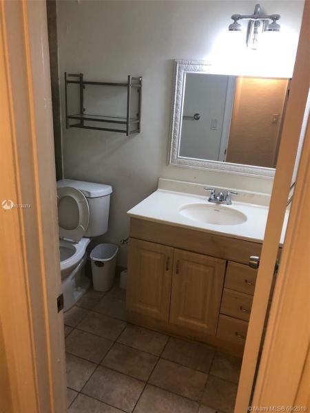 8605 SW 68th Ct 6, Pinecrest, FL, 33143