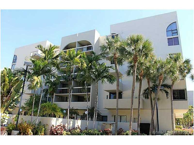 Real Estate For Rent 2715   Tigertail Ave #207 Coconut Grove  FL 33133 - Tigertail Bay Condo