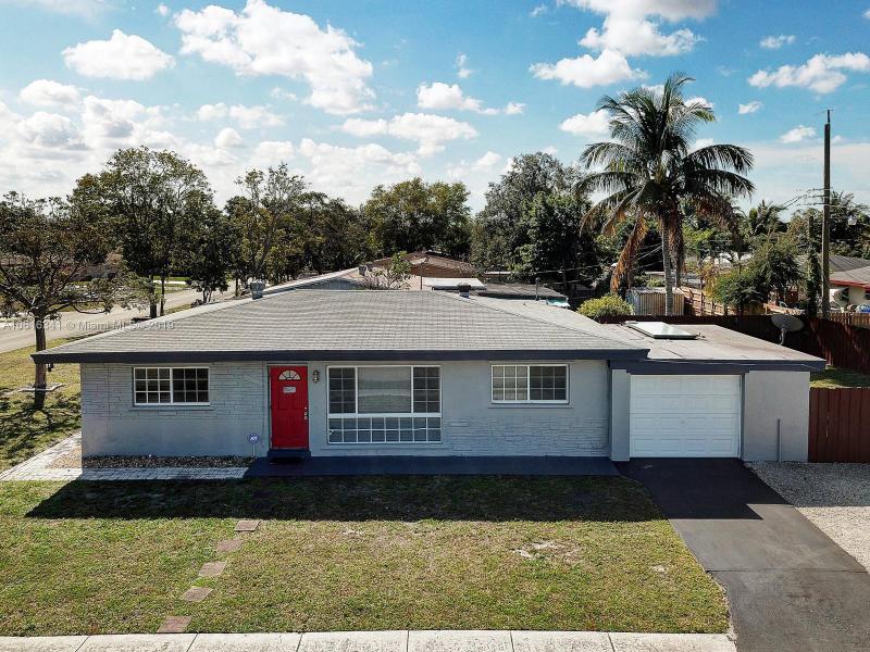 3924  Hayes St , Hollywood, FL 33021-6067