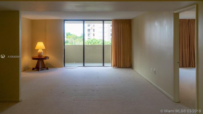 600 Biltmore Way 315, Coral Gables, FL, 33134
