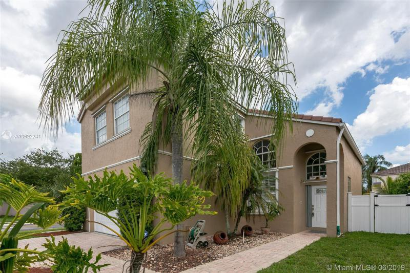 399 NW 154th Ave, Pembroke Pines, FL, 33028