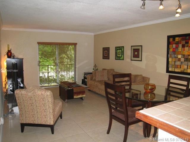6715 N Kendall Dr 710, Pinecrest, FL, 33156
