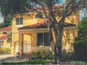 11231 Lakeview Dr , Coral Springs, FL 33071