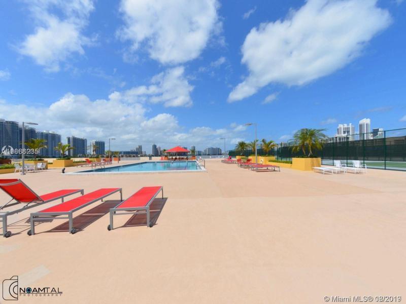 301 174th St 1809, Sunny Isles Beach, FL, 33160