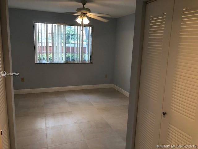 4199 N Haverhill Rd  Unit 114 West Palm Beach, FL 33417-8327 MLS#A10556808 Image 11