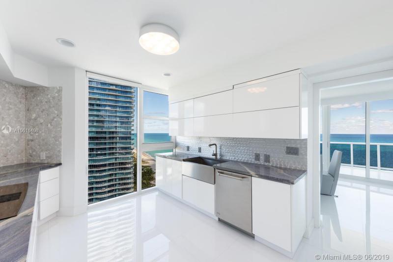 19333 Collins Ave PH 2501, Sunny Isles Beach, FL, 33160
