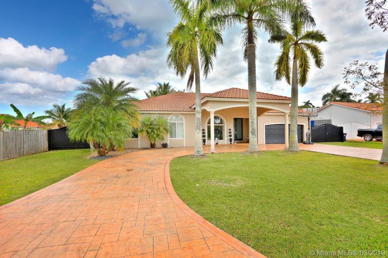 20683 SW 133 Avenue,  Miami, FL