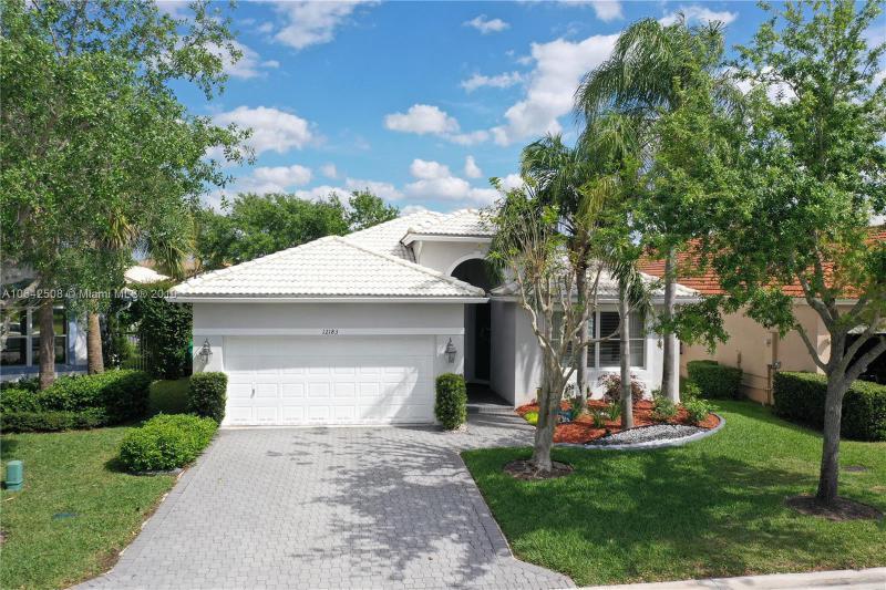 5564 125th Terrace, Coral Springs FL 33076-