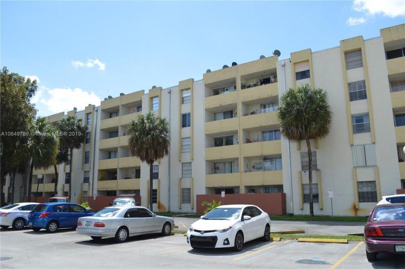 8851 NW 119th St  Unit 6201, Hialeah Gardens, FL 33018-7924