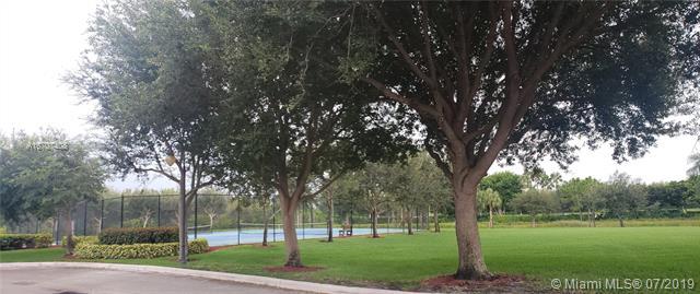 19492 SW 68th St, Pembroke Pines, FL, 33332