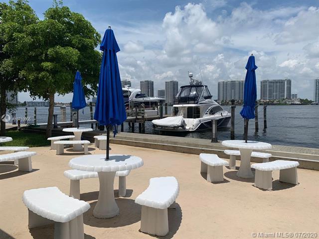 17900 N Bay Road 602, Sunny Isles Beach, FL, 33160