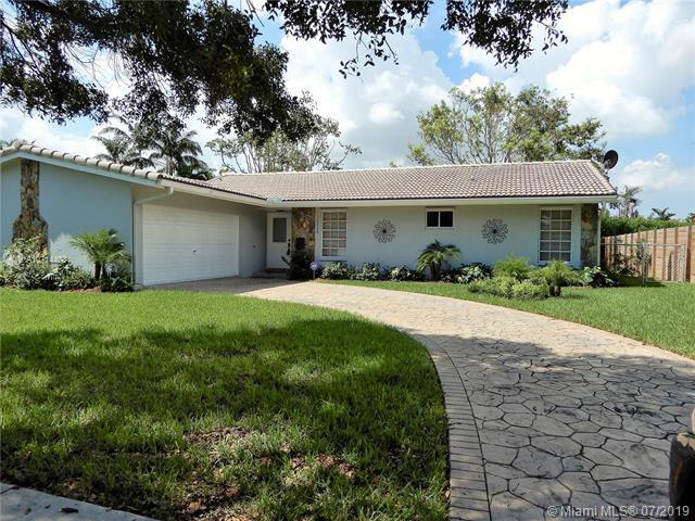 10920 SW 138th Ave,  Miami, FL