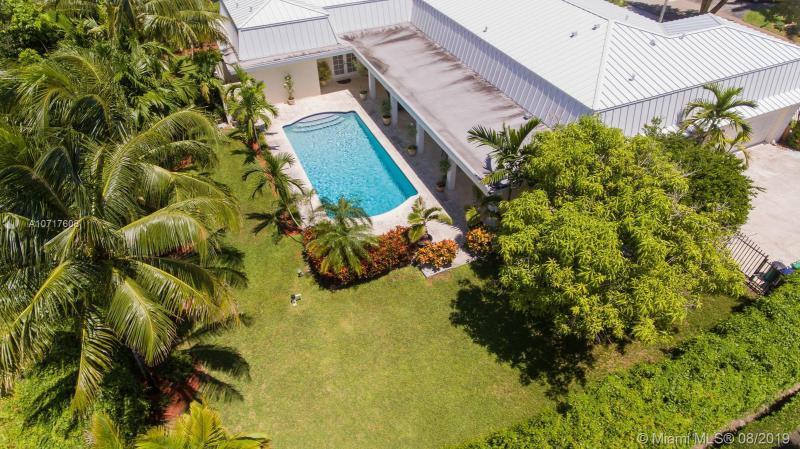 7425 SW 157th Ter, Palmetto Bay, FL, 33157