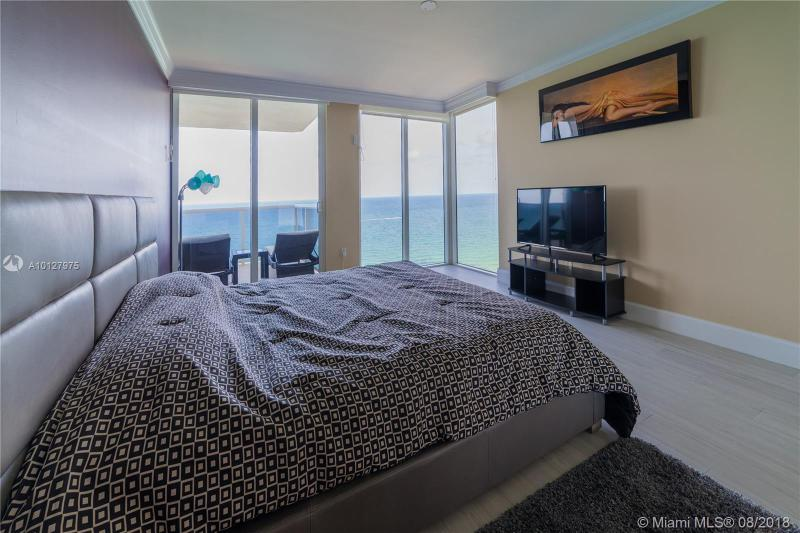 19111 Collins Ave 2304, Sunny Isles Beach, FL, 33160