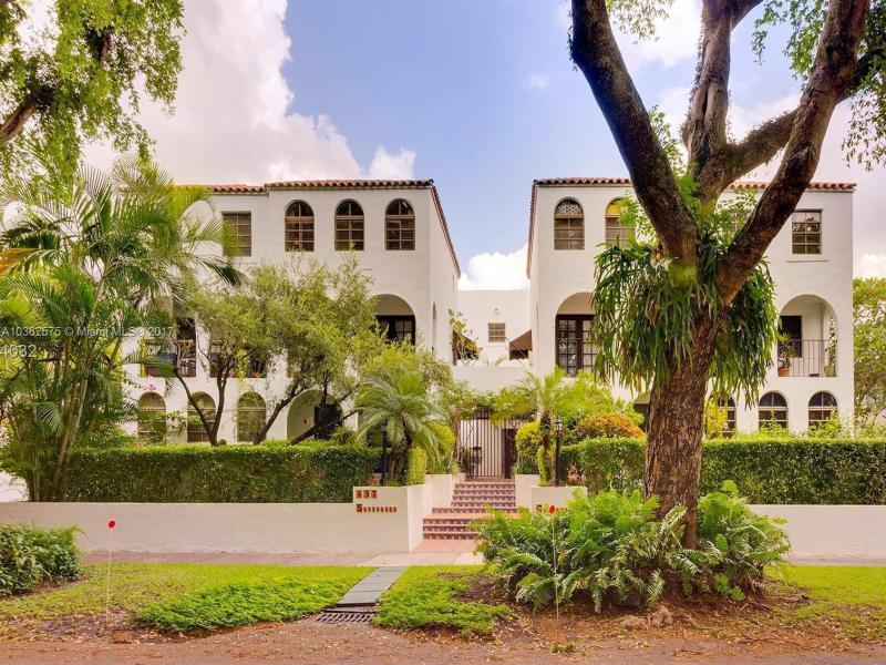 Villas at Santander