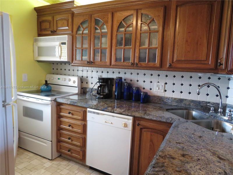 Imagen 16 de Townhouse Florida>Deerfield Beach>Broward      - Sale:224.900 US Dollar - codigo: A10417475