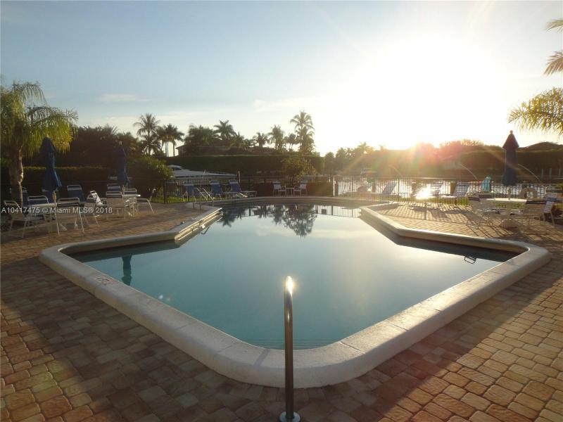 Imagen 2 de Townhouse Florida>Deerfield Beach>Broward      - Sale:224.900 US Dollar - codigo: A10417475