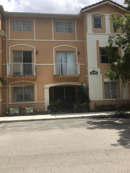 11007 W Okeechobee Rd  Unit 202, Hialeah Gardens, FL 33018-4240