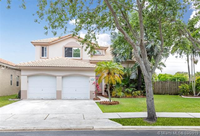 14521  Hampton Place , Davie, FL 33325-