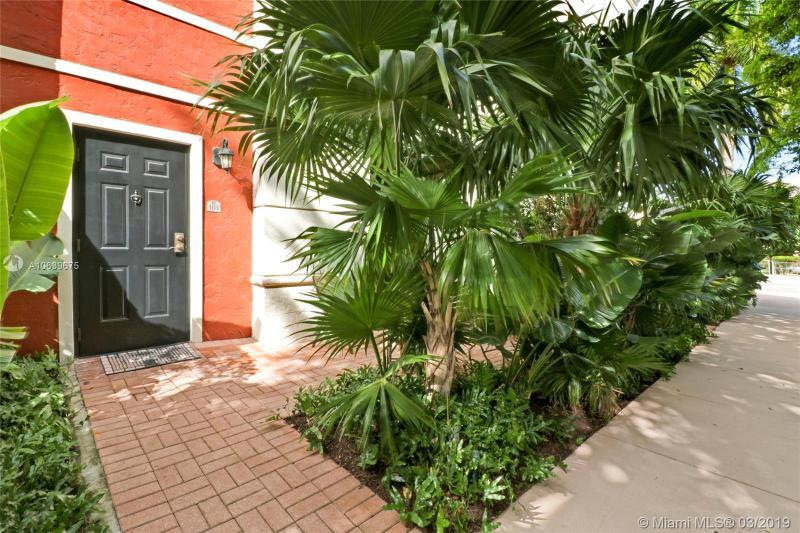 888 S Douglas Rd 103, Coral Gables, FL, 33134