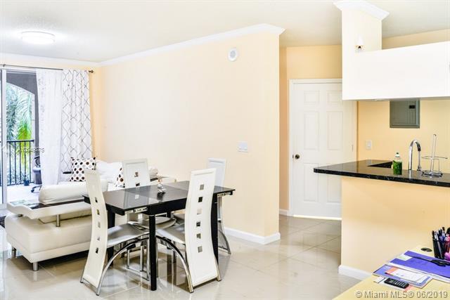 17150 N Bay Rd  Unit 2520, Sunny Isles Beach, FL 33160-3462