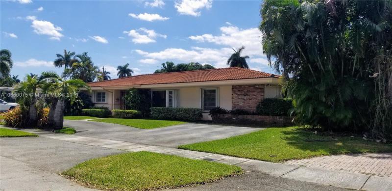 1830 NE 198th Ter,  Miami, FL