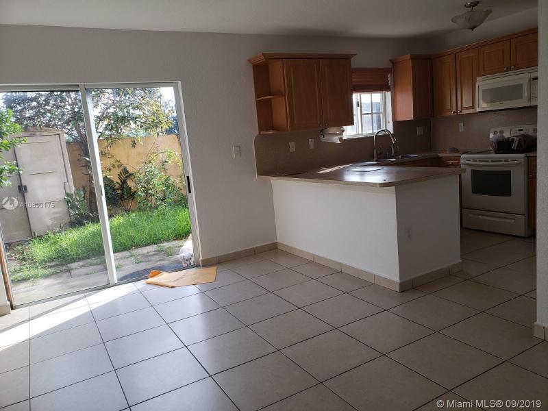 11448 W OKEECHOBEE RD 3, Hialeah Gardens, FL, 33018