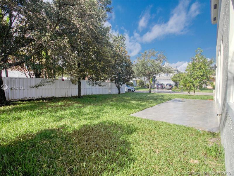 14372 NW 14th Ct, Pembroke Pines, FL, 33028