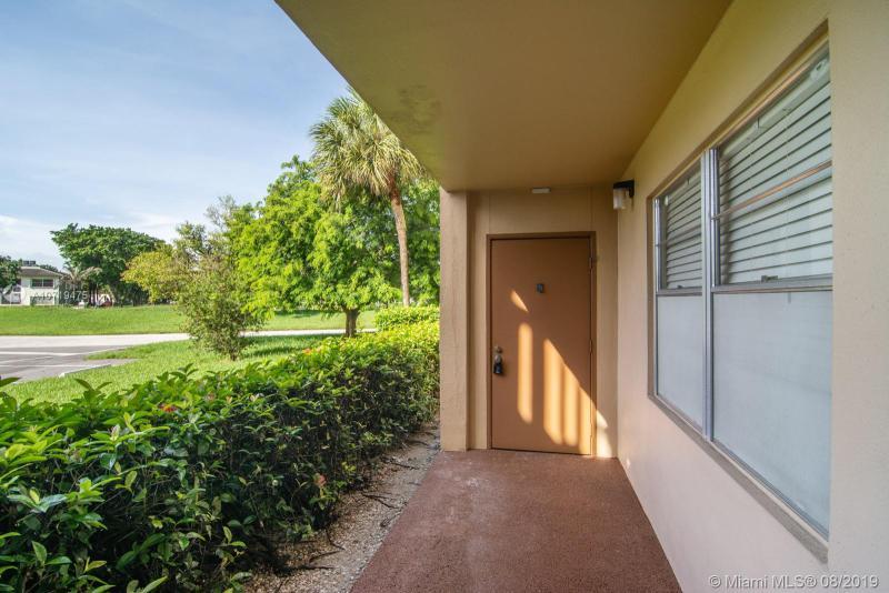 2804 Victoria Way A1, Coconut Creek, FL, 33066