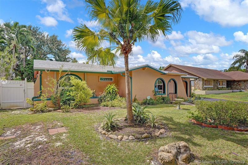 12030 NW 15th Ct, Pembroke Pines, FL, 33026