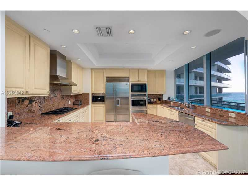 For Sale at  10295   Collins Ave #402 Bal Harbour  FL 33154 - One Bal Harbour - 2 bedroom 2 bath A10250342_8