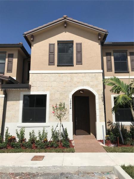 9101 NW 117th Ter , Hialeah Gardens, FL 33018-4149
