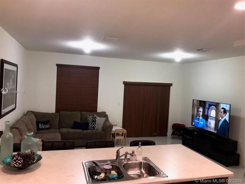 9361 W 33rd Way, Hialeah, FL, 33018