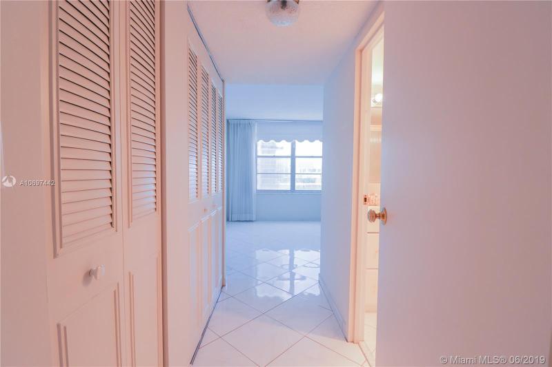 231 174th St 708, Sunny Isles Beach, FL, 33160