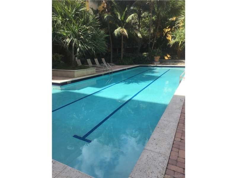 6001 70th St  Unit 506, South Miami, FL 33143