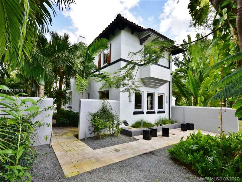 For Sale at  893 NE 96 St Miami Shores  FL 33138 - Miami Shores Sec 2 - 4 bedroom 3 bath A10237909_24