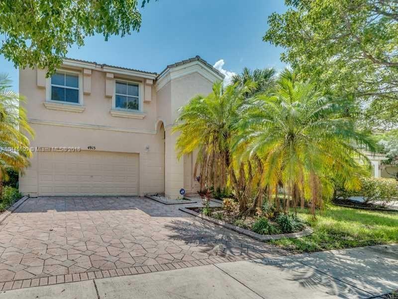 4915 SW 165th Ave,  Miramar, FL