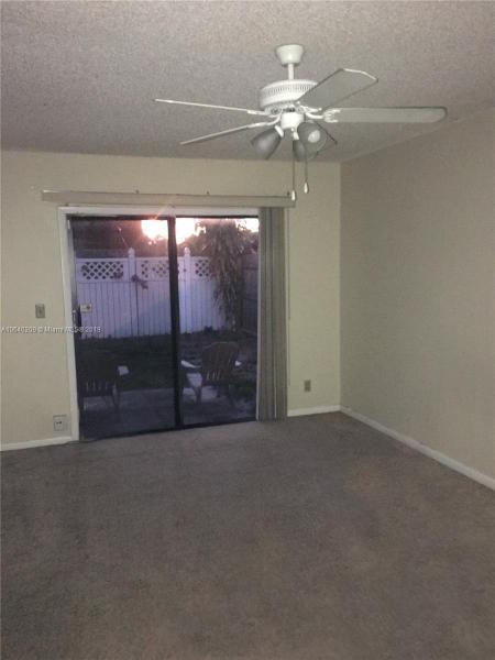 3828  Parkside Cir  Palm Springs, FL 33461-3665 MLS#A10640209 Image 16