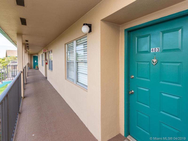 12500 SW 6th St 403N, Pembroke Pines, FL, 33027