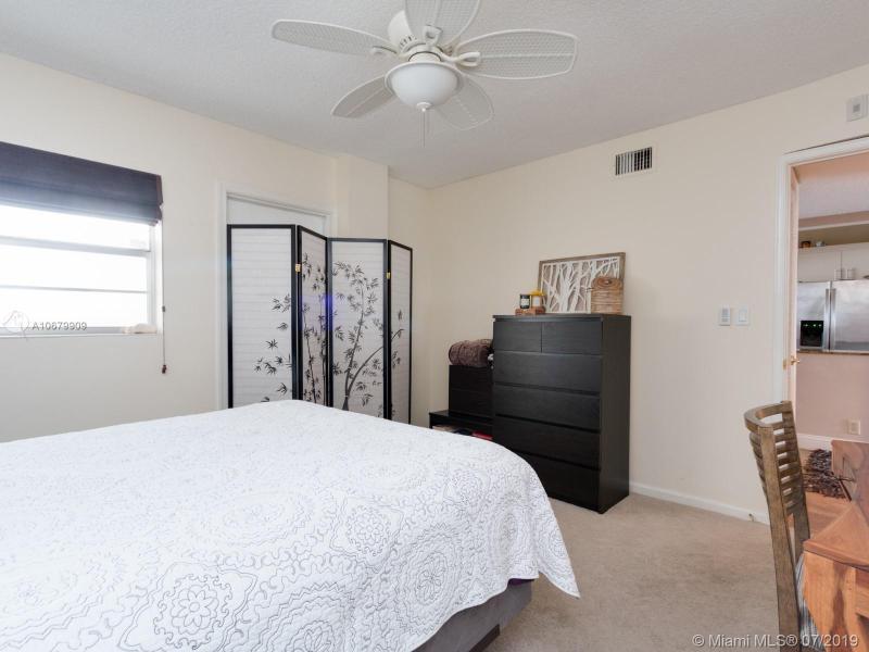 3051 NE 48 406, Fort Lauderdale, FL, 33308