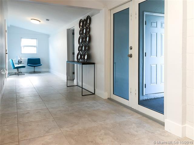 462 Swan Ave, Miami Springs, FL, 33166