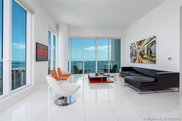 900  BRICKELL KEY BLVD,  Miami, FL
