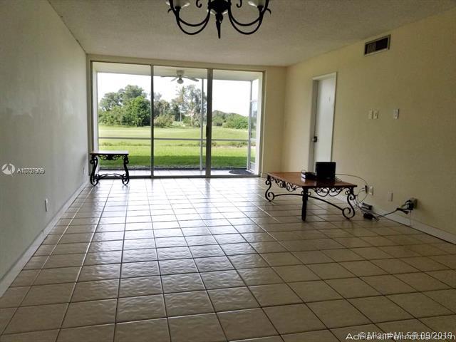 2951 S Palm Aire Dr 103, Pompano Beach, FL, 33069