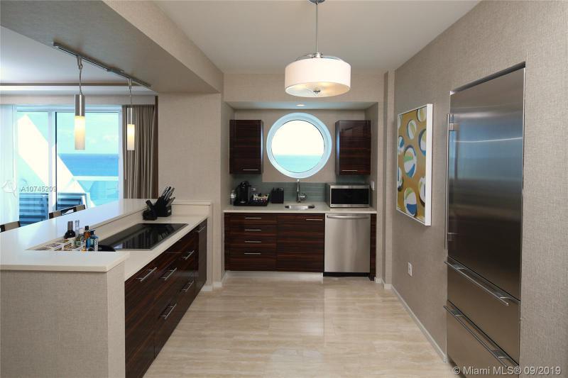 551 N Fort Lauderdale Beach Blvd,  Fort Lauderdale, FL